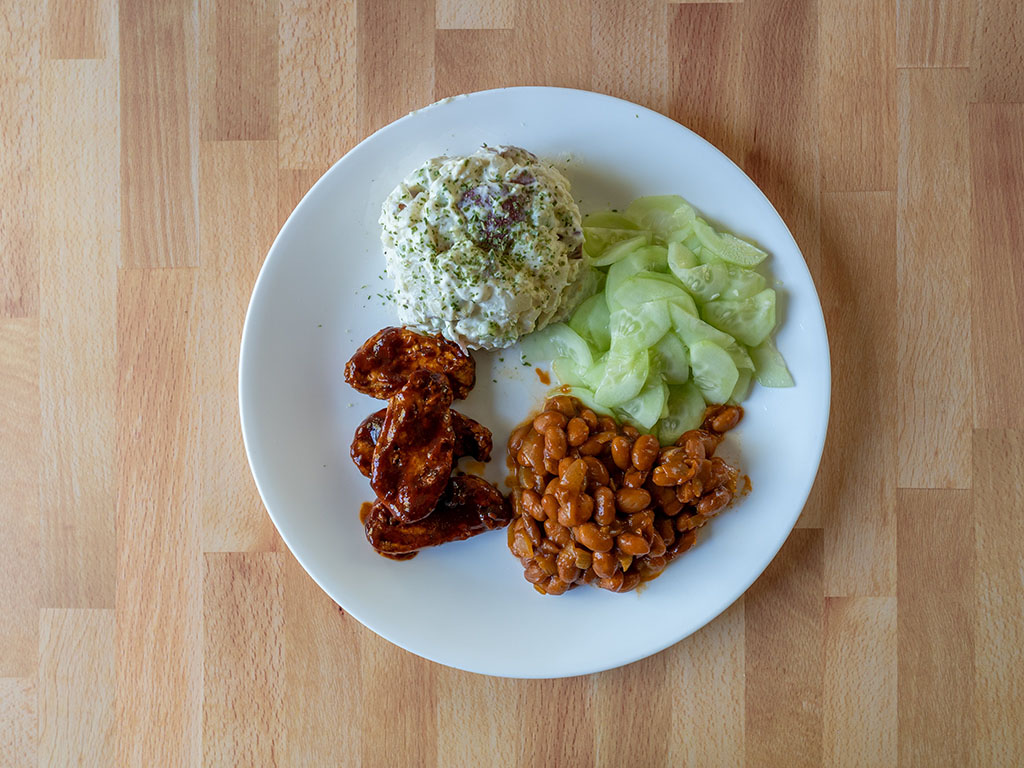 Gardein Sweet And Tangy Barbecue Wings BBQ plate