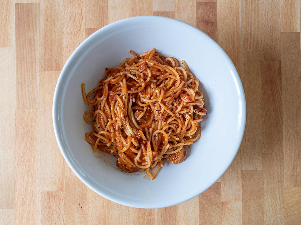 Spaghetti with vegan sausage