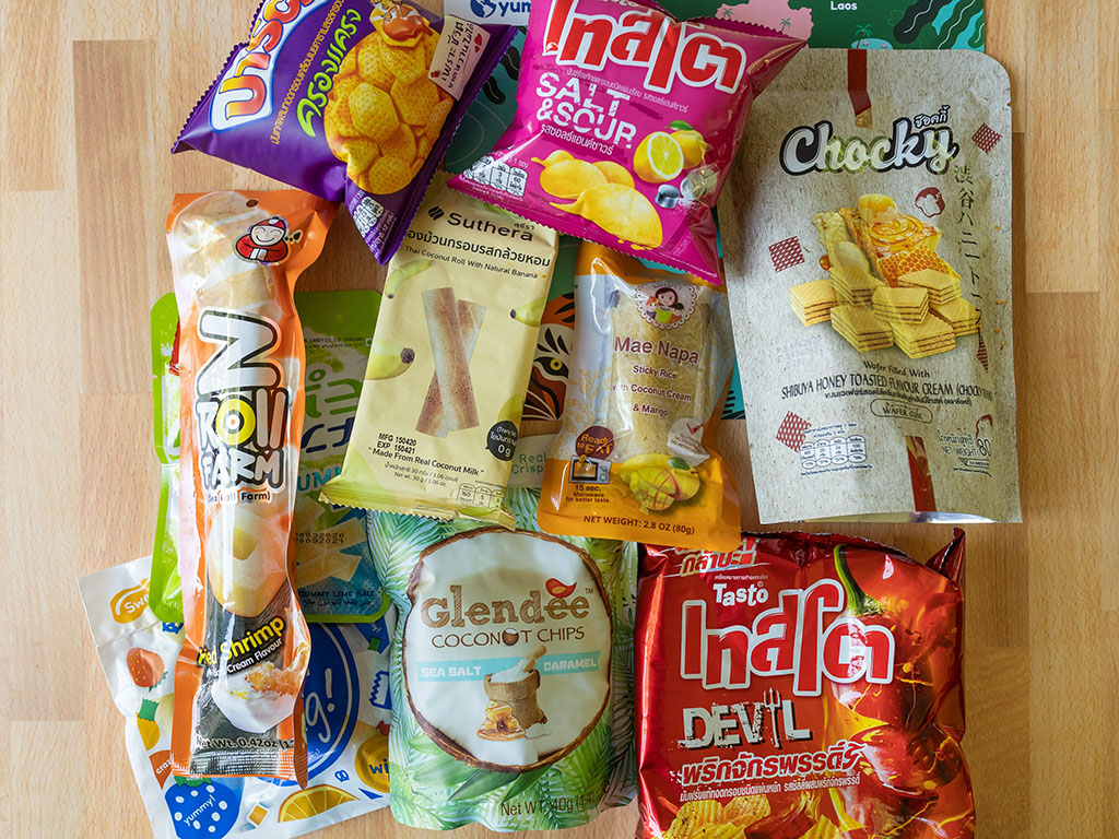 Universal Yums - Thailand box