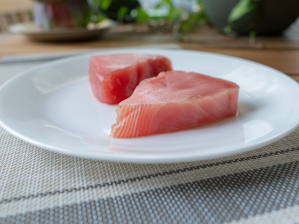 Walmart Premium Ahi Tuna Steaks defrosted side view