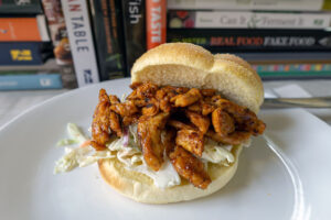 Vegan pulled pork sandwich with Butler Soy Curls