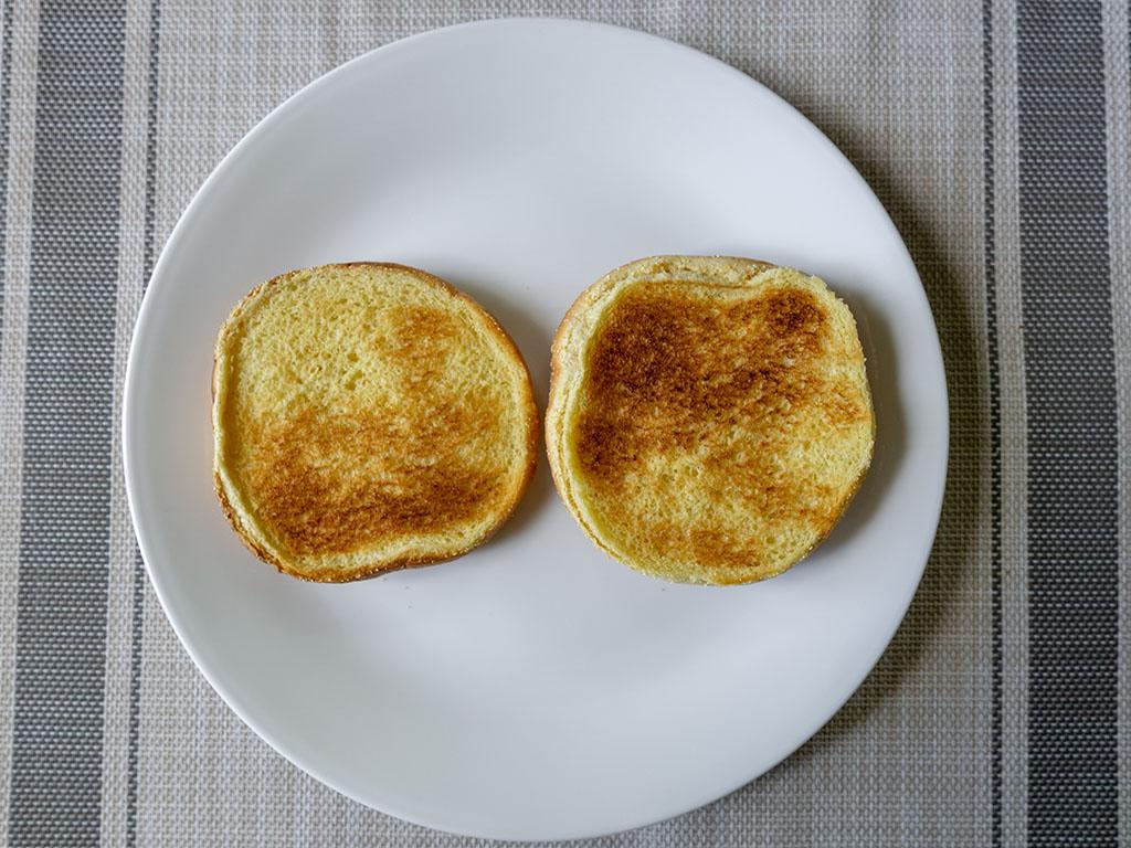 The Perfect Burger - toasted bun