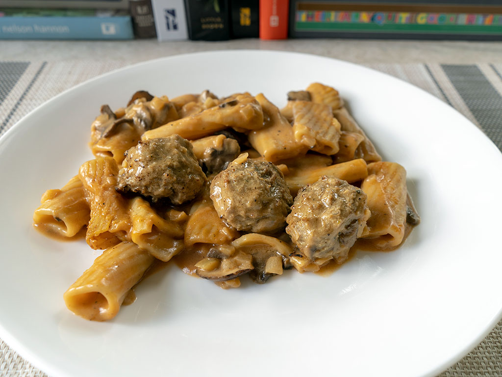 Three Bridges Rigatoni Meatballs And Mushroom Cream Sauce cooked close up