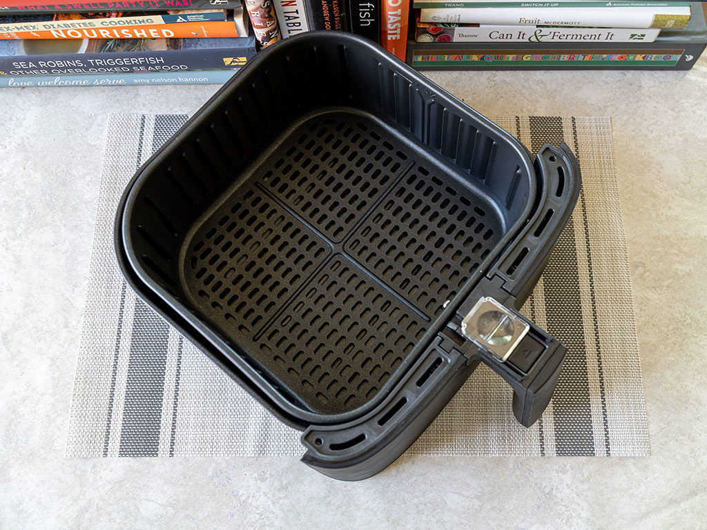 Cosori Air Fryer twin baskets connected