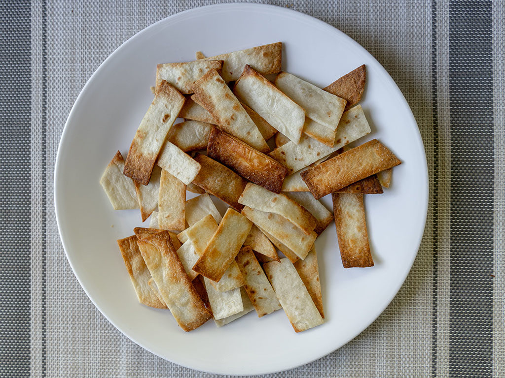 Tortilla strips wth air fryer